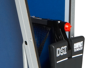 Imagen de la mesa de tenis de mesa CORNILLEAU Sport 500 Indoor red retráctil automatica