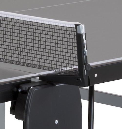 Mesa de ping pong para exterior SPONETA S 5-70 e detalle de la red