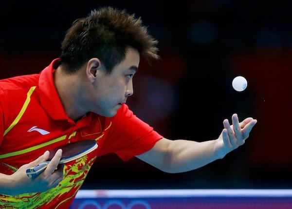 saque en el ping pong