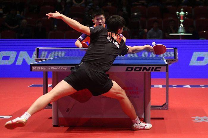 posicion adelantada en el golpe del ping pong